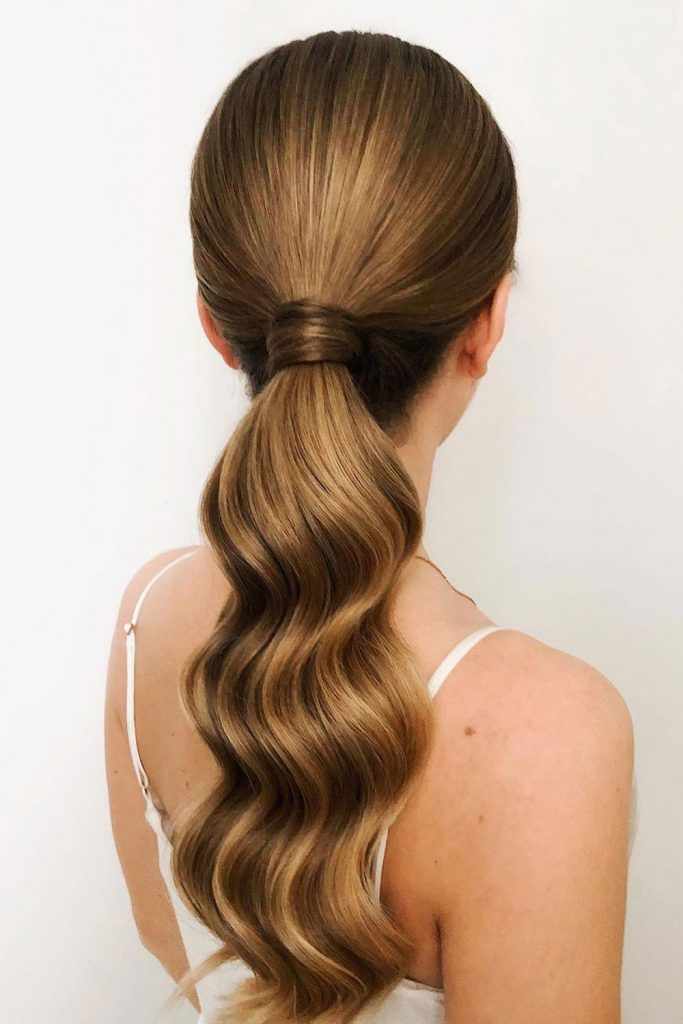 Long Weavy Pony - Hairstyles for Greasy Hair