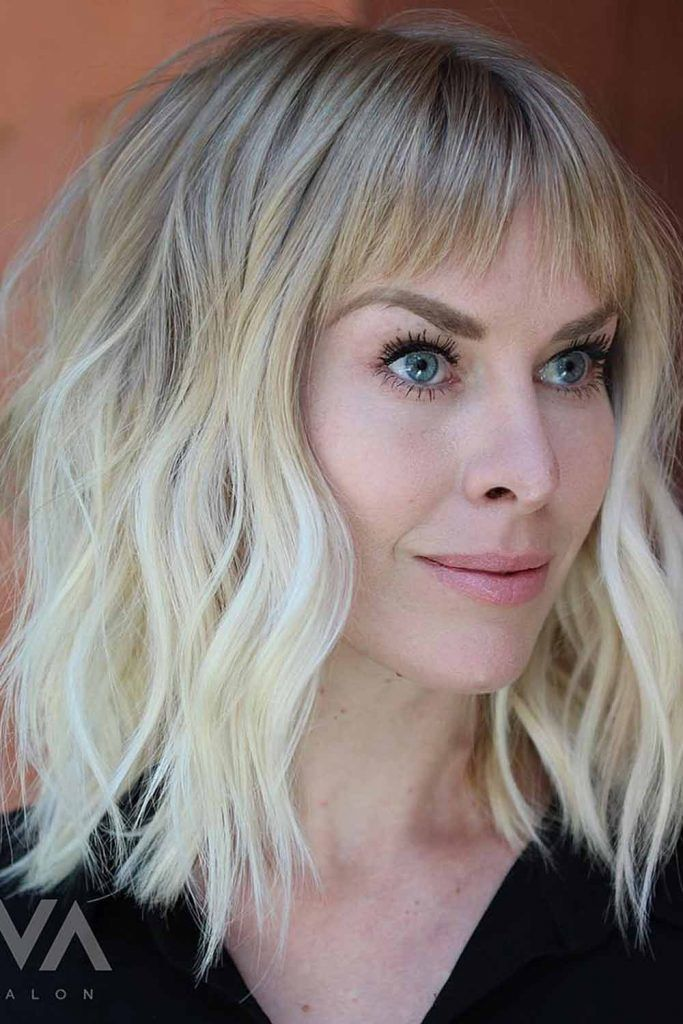 Platinum Blonde Bob With Pearly Hues