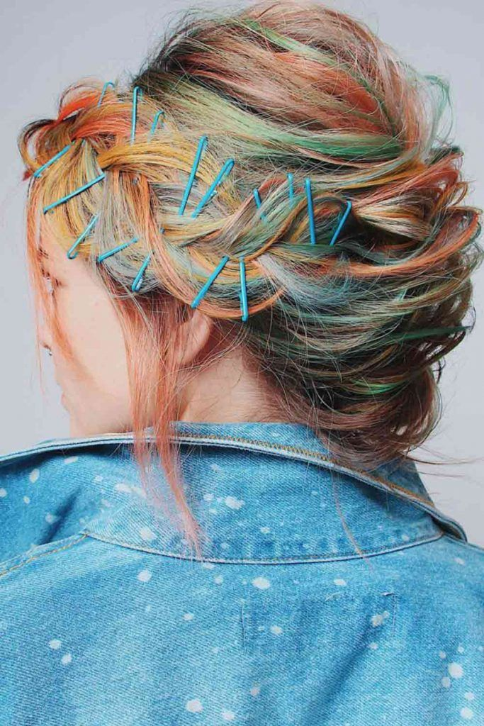 Messy Low Bun With Bobby Pins