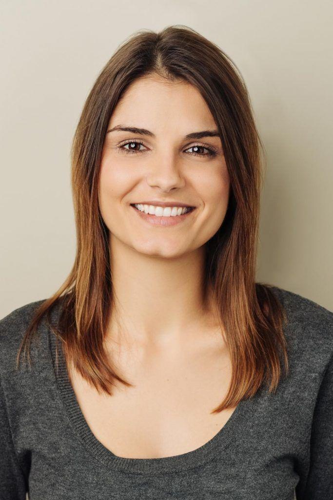 Armpit Length or Medium-Long Women Haircut