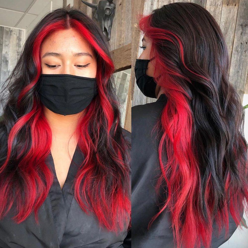 Face-Framing Red Highlights