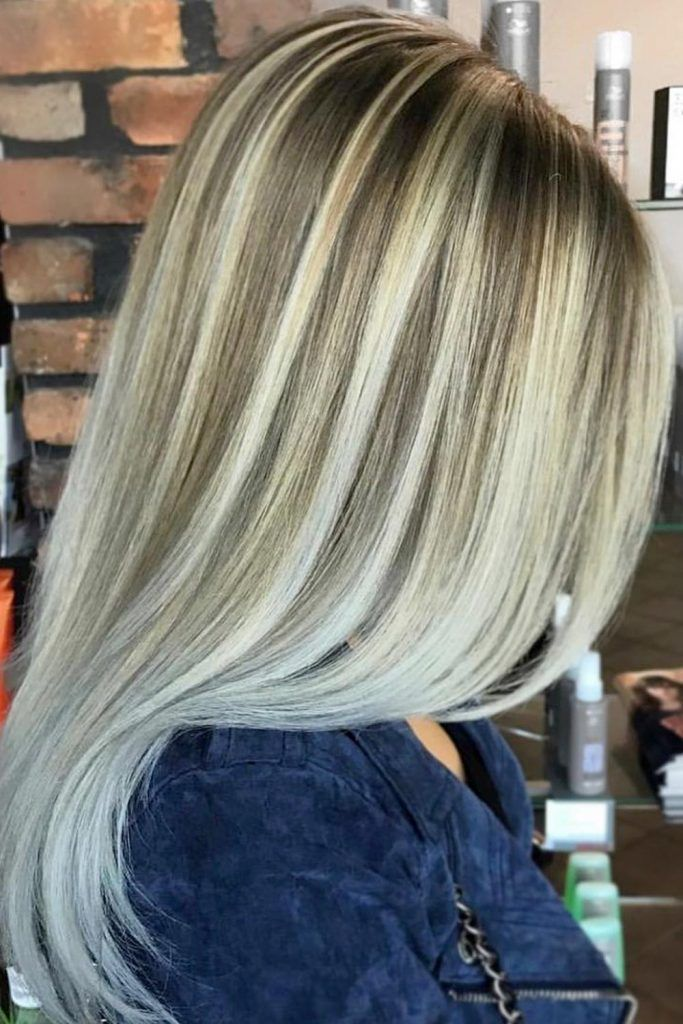 Most Popular Hair Highlight Types: Blonde Chunky Highlights