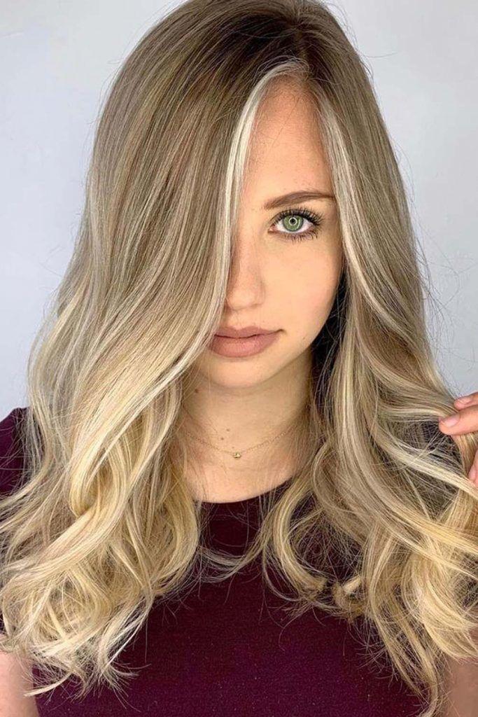 Most Popular Hair Highlight Types: Blonde Face Framing Highlights