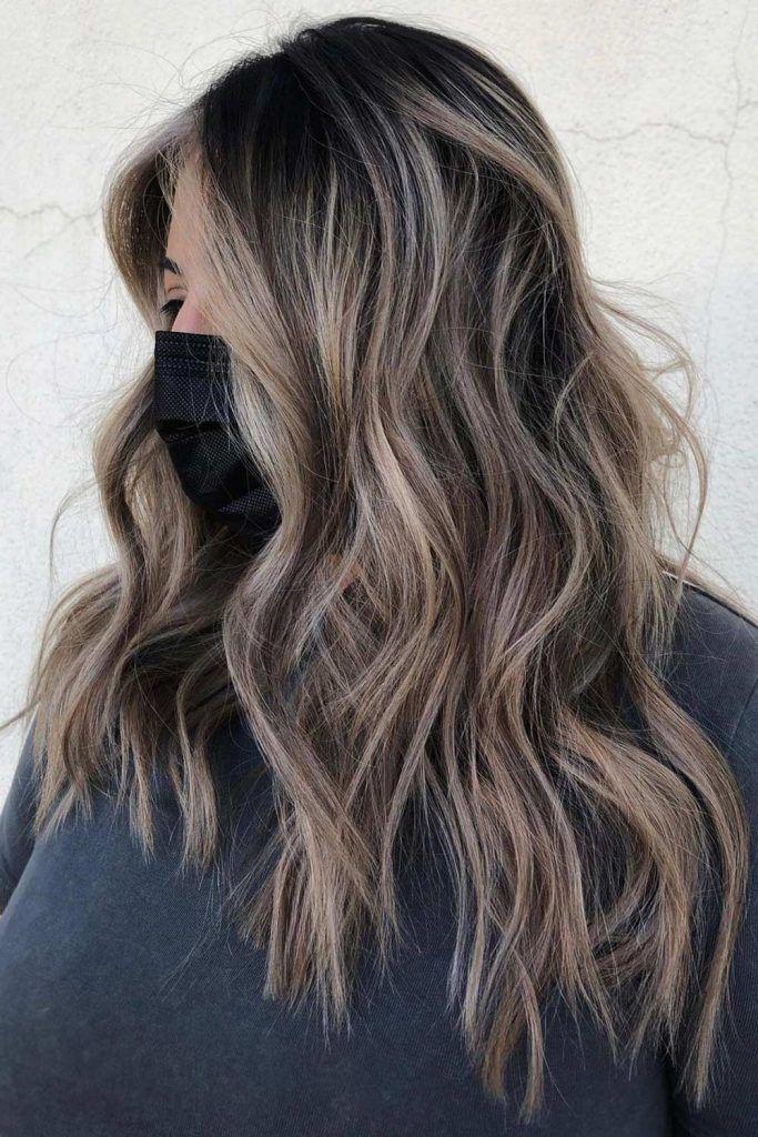 Most Popular Hair Highlight Types: Full Highlights