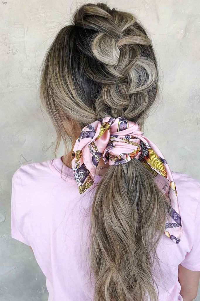 Low Messy Ponytail With Headband
