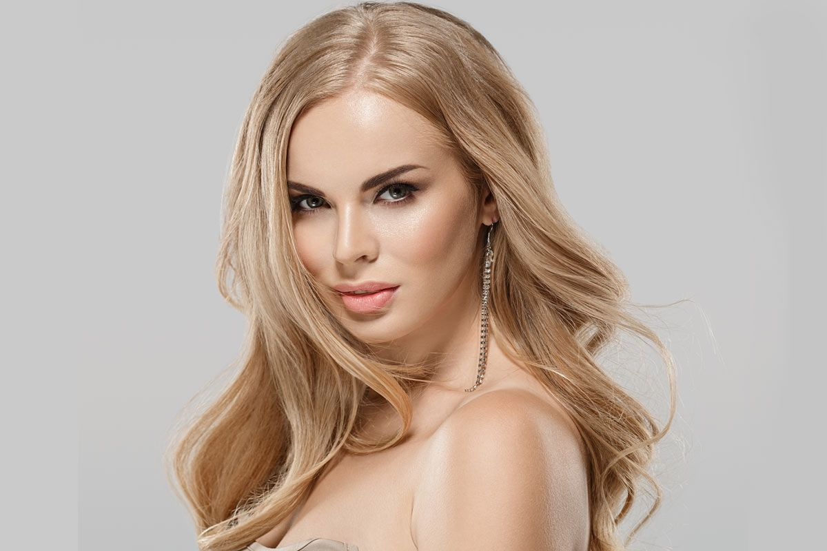 Trendy Blonde Hair Colors And Several Style Ideas To Try In 2021