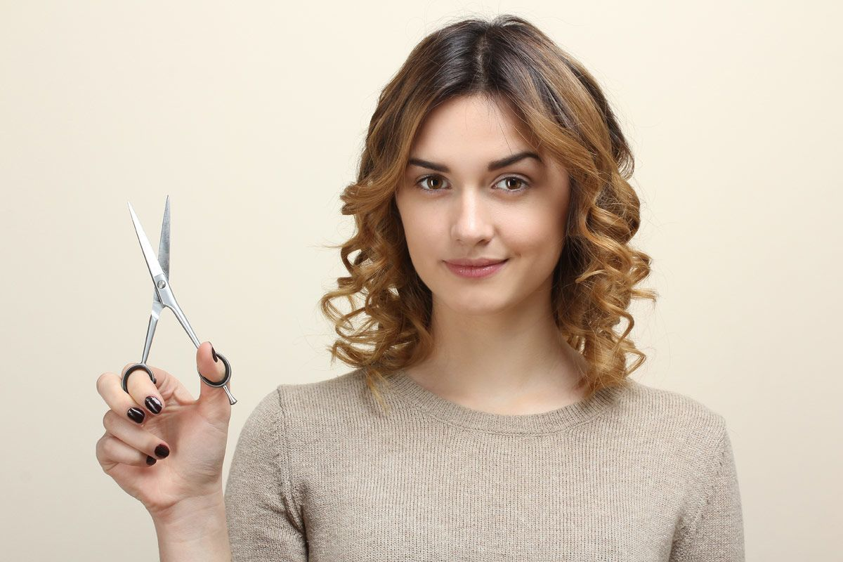 How To Cut Your Own Hair: 10 Simple Tutorials To Give Yourself A Haircut