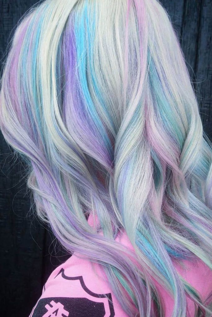 Long Waves With Blue Streaks