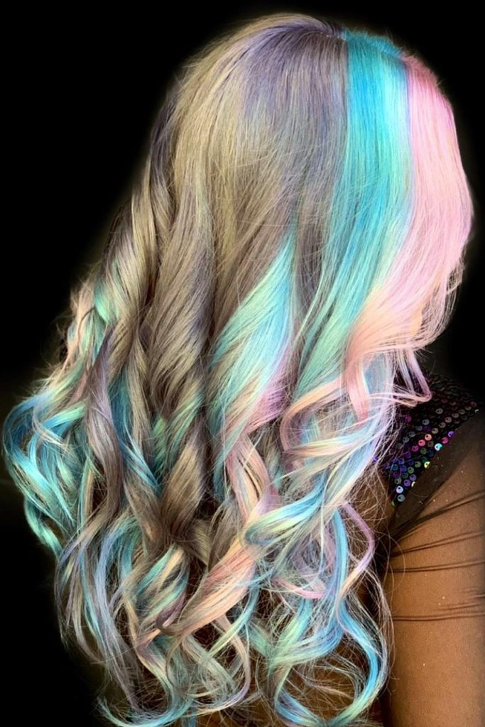 Pastel Shades for E-girl Hair Style