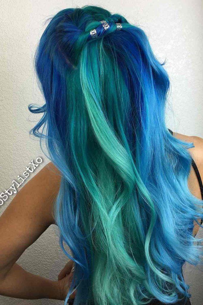 Blue Toned Oil Slick Hair